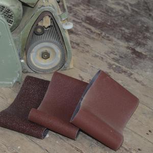 Bandschleifmaschine - Schleifbänder mit unterschiedlicher Körnung