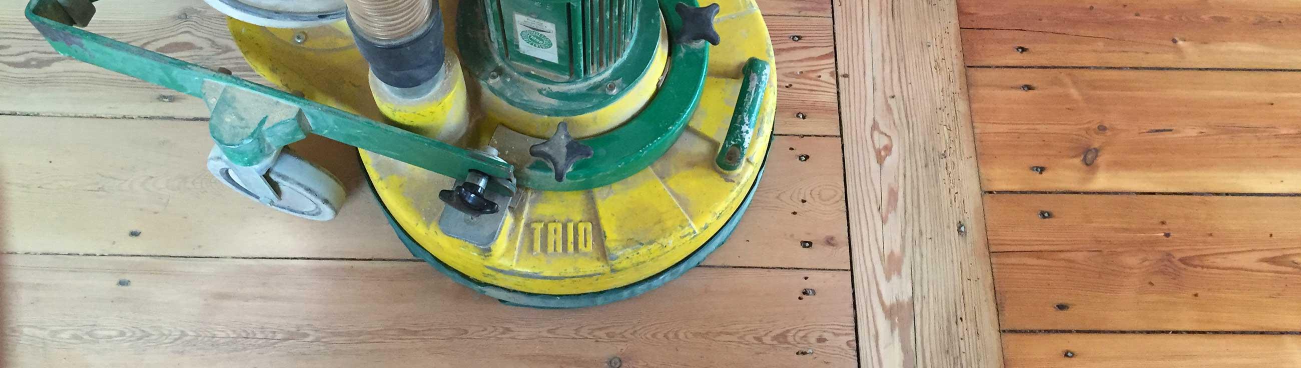 TRIO: Dreischeiben-Schleifmaschine